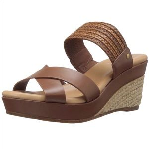 NEW UGG Adriana Brown Leather Raffia Wedge Sandals